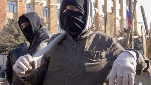 Oroszország: a hatóságoknak reagálniuk kell a politikai fenyegetésekre