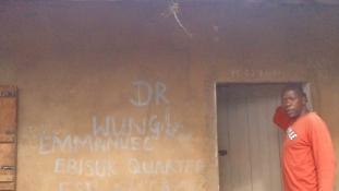 Szellemekkel gyógyító: így dolgozik egy hagyományos orvos Kamerunban