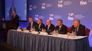 Áradoznak a FINA-vezetők a magyar vendégszeretetről