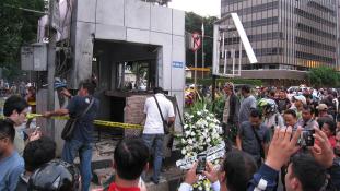 Őrizetbevételek: az Iszlám Állam robbantott Jakartában