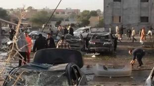 Terrortámadás Líbiában: legalább 65 halott