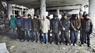 Kelet-Ukrajna: fogolycsere és újabb tűzszünet