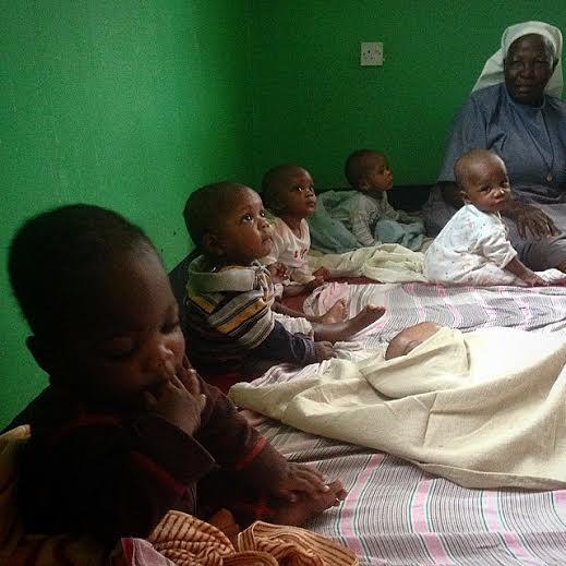 Ebben az ugandai árvaházban várják és kapják a magyar segítséget.