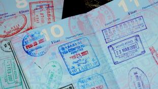 Kevesen fognak bukni az új amerikai vízumrezsimmel, de azok nagyot