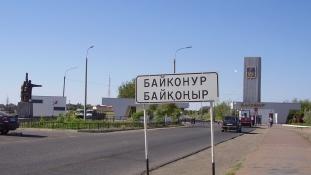 Menetrendszerinti légijárattal Bajkonurba
