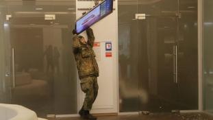 Orosz bankokra támadtak Kijevben