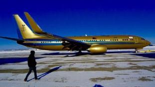 Íme a szultán arany repülőgépe