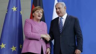 Merkel: Iránnak  el kell ismernie Izraelt