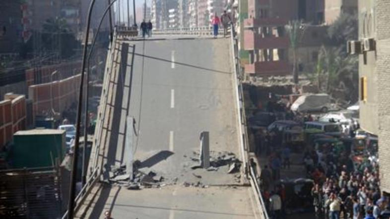 Ez a kairói híd 2014-ben omlott össze.