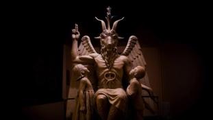 Győztek a Sátán hívei – betiltották az imát egy amerikai városban