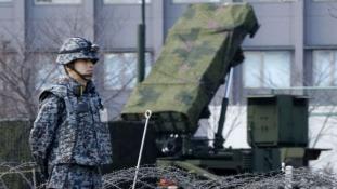 Japán fegyverrel védi az országot Észak-Korea miatt