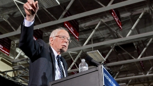 Zűr Iowában: újraszámlálást követel az egyik demokrata aspiráns
