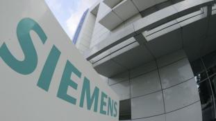 Embargó után: személyesen szerez üzletet Teheránban a Siemens vezére