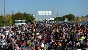 Megállapodna a migránsok hazatéréséről Törökország