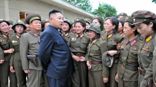Álljanak készen atomfegyver bevetésére – mondta katonáinak Észak-Korea diktátora