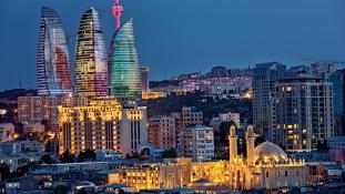 Közvetlen járat indul Bakuba: magyar-azeri üzleti tárgyalások