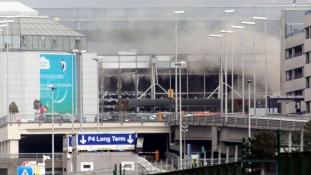 Akár félszáz szélsőséges is dolgozhat a brüsszeli reptéren