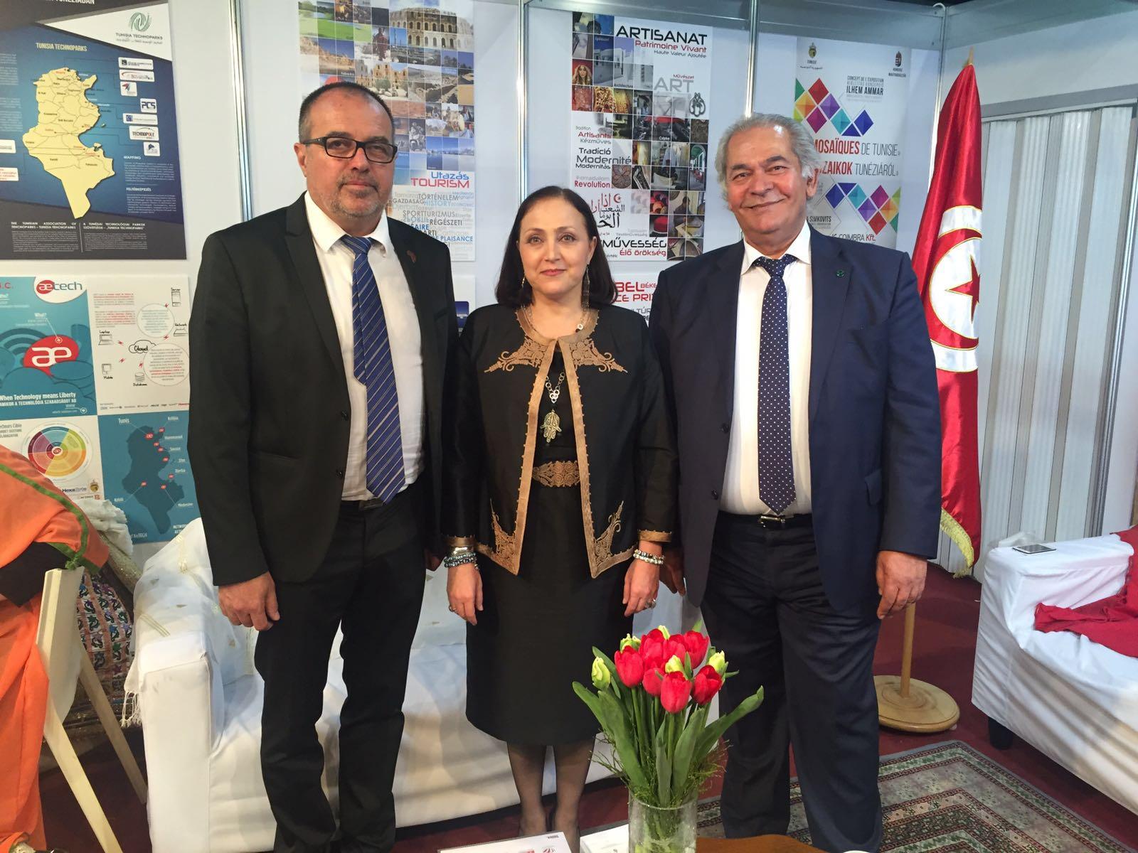 Balogh Sándor, Samia Ilhem Amar nagykövet asszony és Zoubeir Chaieb, a CATH, a társelnöke.