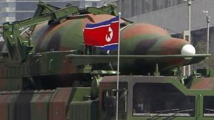 Phenjan a Fehér Házat és a szöuli elnöki palotát fenyegeti atommal