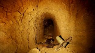 Kirándulás az ISIS titkos alagútjaiban