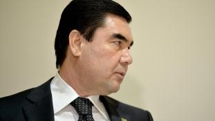 Kirúgta első számú időjósát a türkmén elnök a téves előrejelzésekért