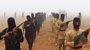 AP: 400 fegyverest képzett ki Európa ellen az ISIS