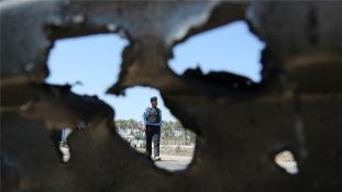 Öngyilkos robbantás félszáz halottal Irakban