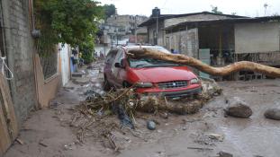 Viharok pusztítanak Mexikóban