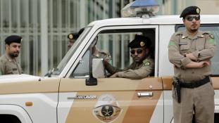 Terroristákat lőttek agyon egy rajtaütésben szaúdi rendőrök