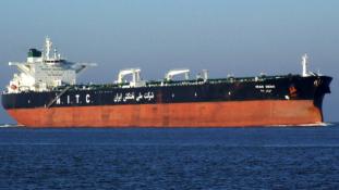 Embargó után: kikötött Európában az első iráni olajtanker