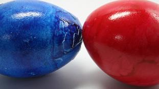 Akik nem óvják, hanem széttörik a húsvéti tojást