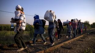 Hétfőtől küldik vissza a migránsokat Törökországba