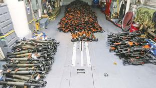 Hatalmas fegyverszállítmányra csaptak le az ausztrálok