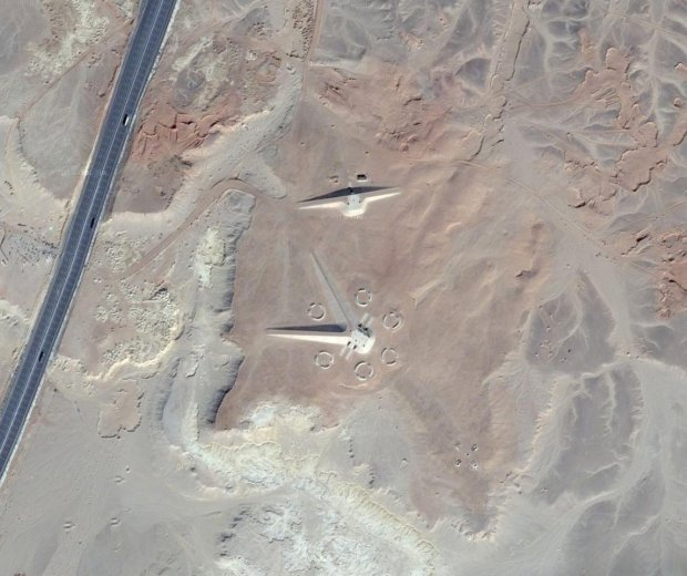 Weird structure that looks like a spacecraft in Egyptian desert