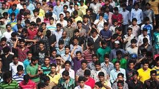 Civilekre lőttek a rendőrök Bangladesben