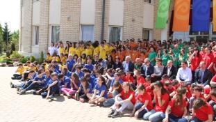 Újabb tehetséges, de hátrányos helyzetű gyerekeket segít a Csányi Alapítvány Életút Programja