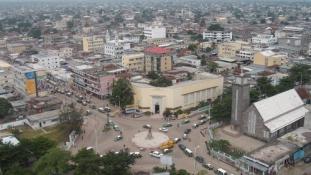 A harcok után lassan kezd visszatérni az élet Brazzaville-be