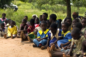 Schoolchildren_in_Malawi