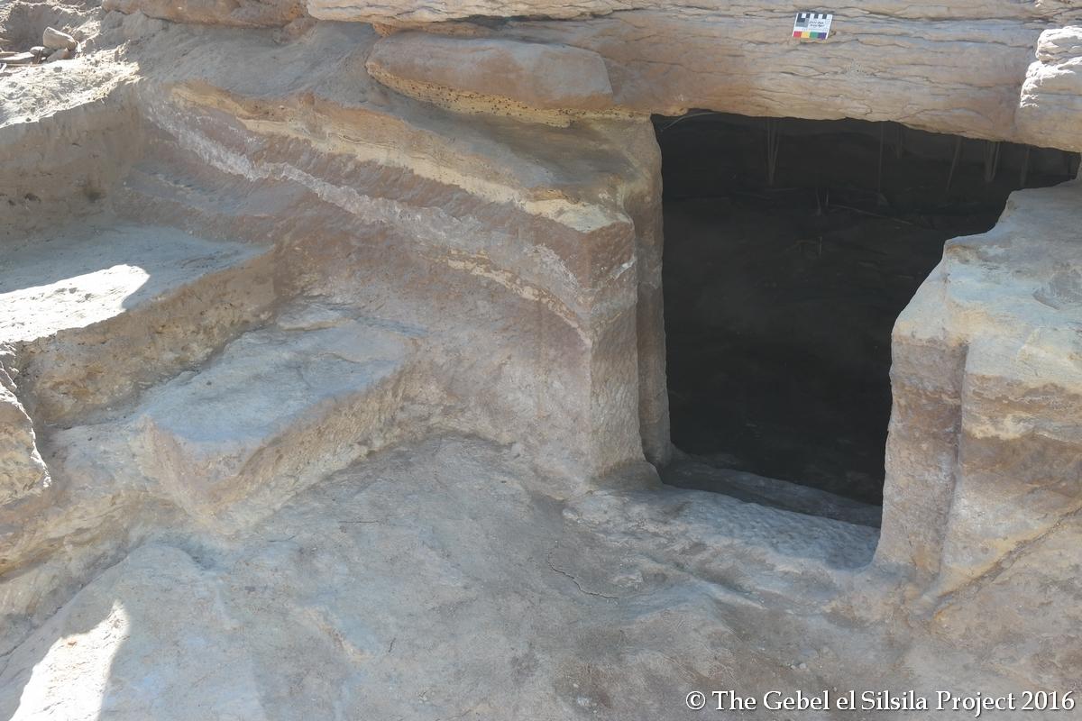 Tomb-2-exterior