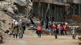 Elérte Daraját a szíriai segélykonvoj