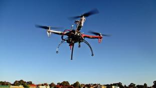 Drón lőtte ki a terroristavezért