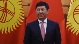 Mi van a szovjet utódállamokban? Ukrajna után Kirgíziában is lemondott a kormányfő