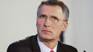 A NATO aktívabb szerepet vállalna az Iszlám Állam elleni harcban