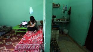 Havi egymillió dollárt kerestek a lánykereskedők a világ legszomorúbb hálózatánál