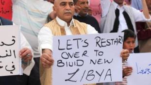 Eggyel kevesebb kormánya van most Líbiának, de még így is túl sok