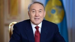 Bűzlik a főváros, Nazarbajev kiakadt