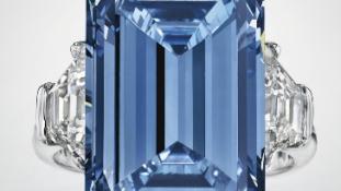 13 milliárdra számítanak a legendás kék gyémántért