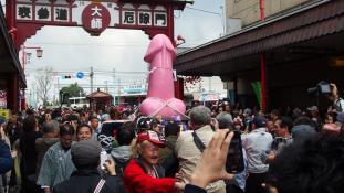 Idén is megtartották a péniszfesztivált a japánok – videó