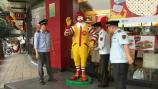 Kínában letartóztatták Ronald McDonald-ot