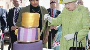 A királynő tortája – balhé a Twitteren